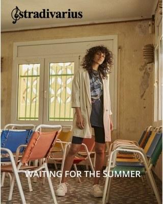 Catalogo Stradivarius esperando el verano
